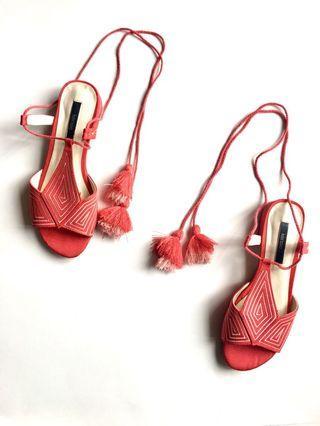 Kensie Sandals