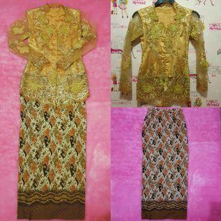 Kebaya Gold Set