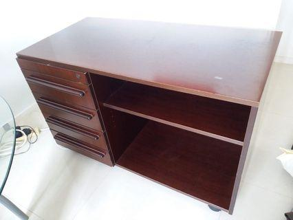 Wooden Cabinet with 4 drawers 抽屉橱柜