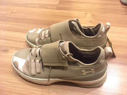 UA 休閒鞋 (全新)