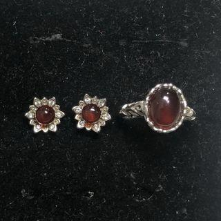 Natural Garnet earstuds and ring set 石榴石耳钉戒指