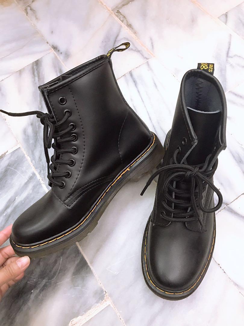 全新✨八孔馬丁靴子