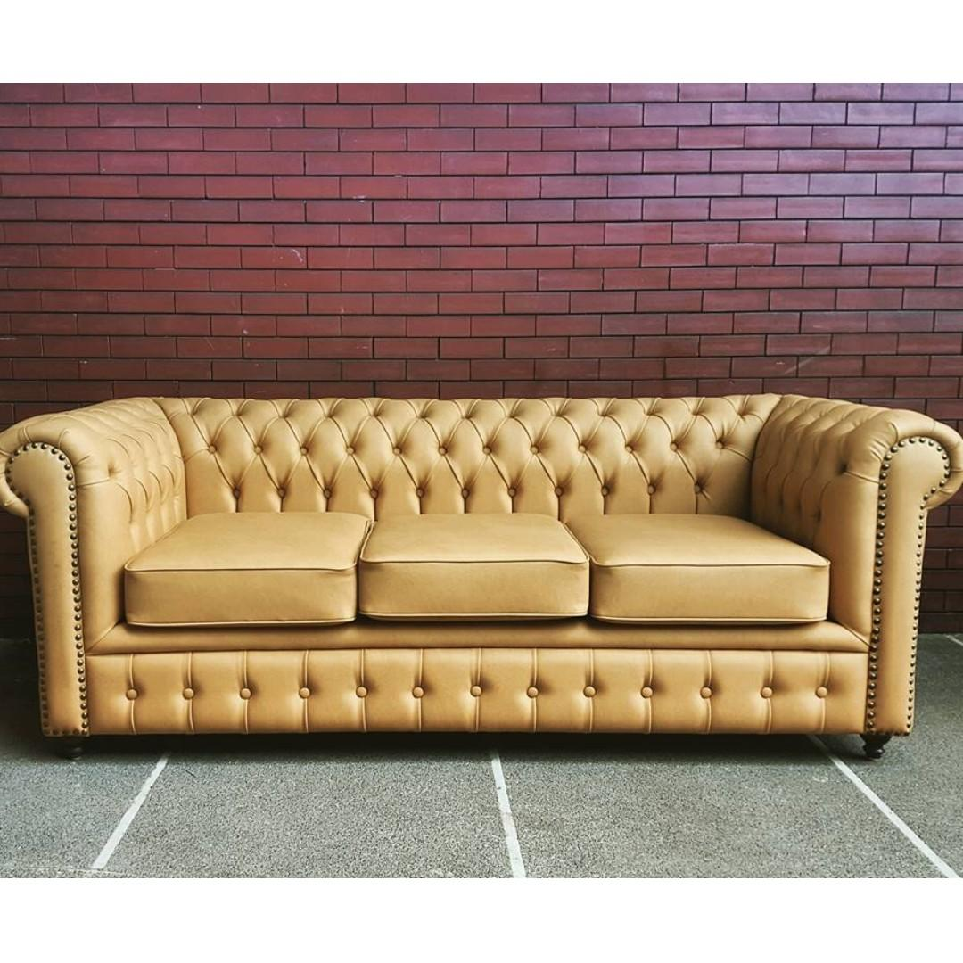 Chesterfield Vintage Inspired Sofas
