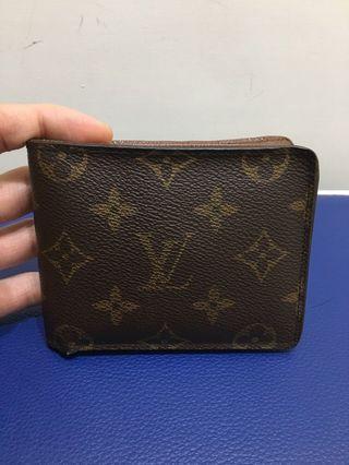 Louis Vuitton LV 經典Monogram印花 短夾 M60895