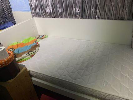 九成新頂級單人彈弓床褥連床架99%new