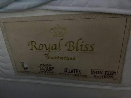 九成新Royal Bliss頂級豪華雙人床褥連床架99%new