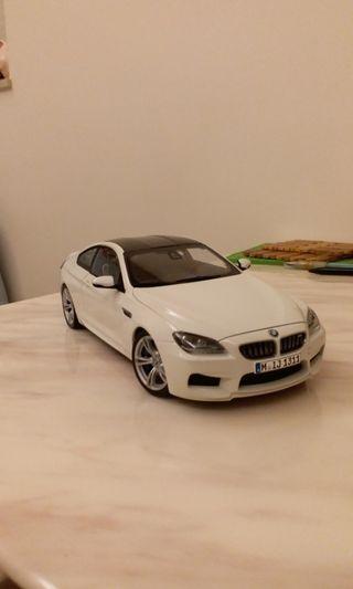 接受議價!求購!1:18 Paragon BMW M6