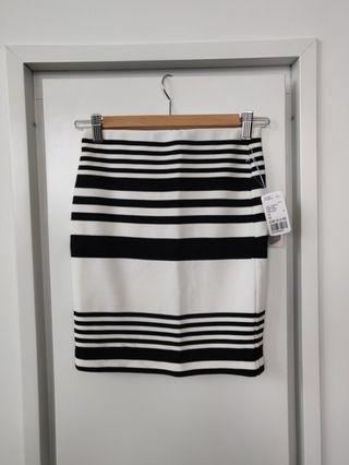 BNWT F21 Bodycon Skirt