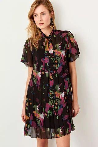 Pleated dark floral
