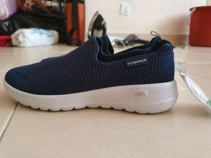AUTHENTIC SAMPLE SHOES OF SKECHERS FOR SALE!