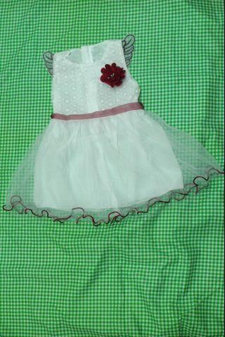 Sweet dress with angle for your little kids