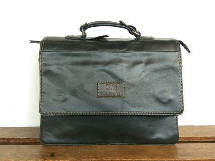MARGHI Leather Messenger Bag