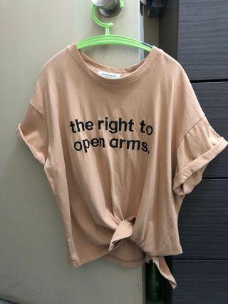 淺啡色T-shirt