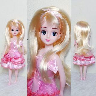Elly Chan doll