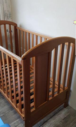 🚚 Very New++Very Clean++ Wooden Baby Cot