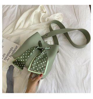 Pastel avocado green sliding bag