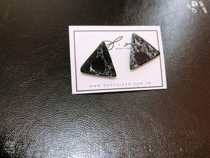 三角大理石耳環
