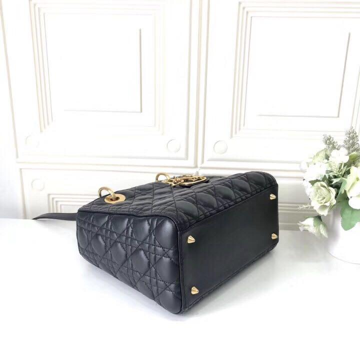 Authentic Pre-loved Christian Dior Classic Lady Dior Black Lambskin GHW