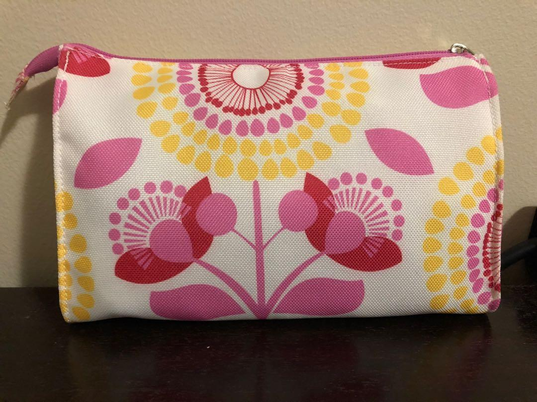 Clinique / Shiseido Makeup Bags Free with Purchase Over $10!