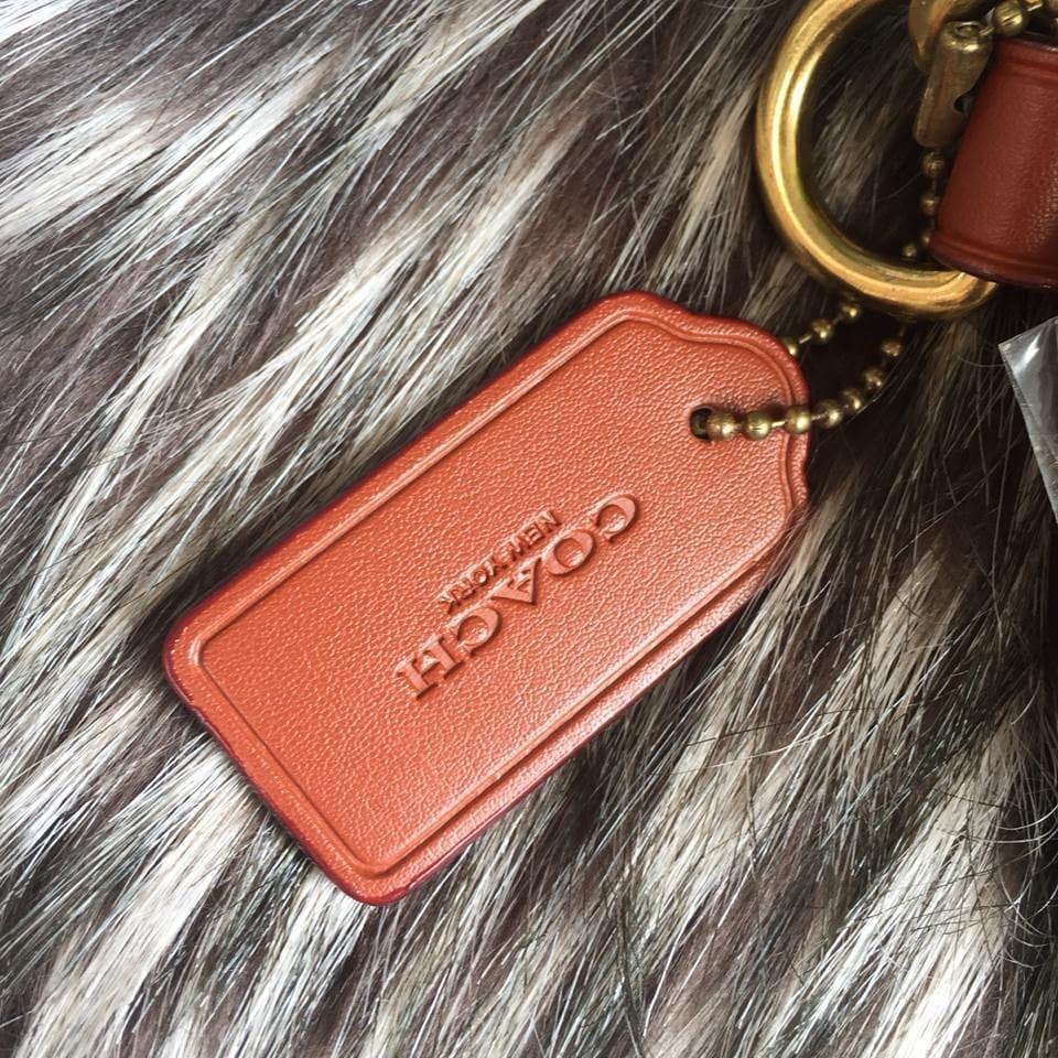 Coach Waistbag Singnature Authentic bahan kulit asli ada nomor seri & NEW