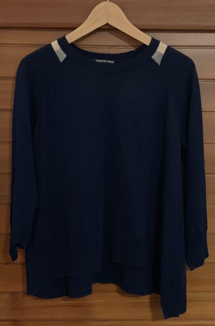 Country Road Navy Sweater pre loved Size S Cashmere Blend
