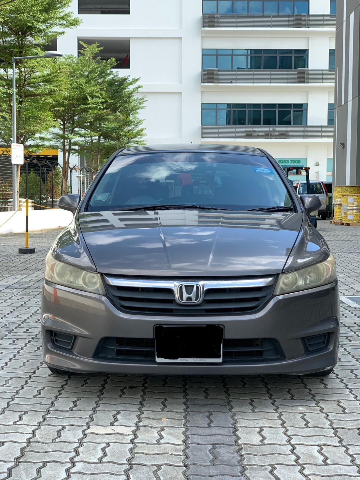 Honda Stream 1.8A Fuel Efficient & Best MPV In The Market!!