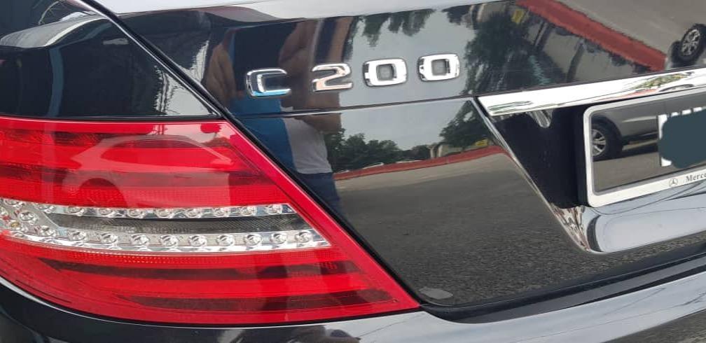 Mercedes Benz C200 1.8 (A) 7G BlueEff W204 Facelift Model Elegance (Direct Owner Selling)