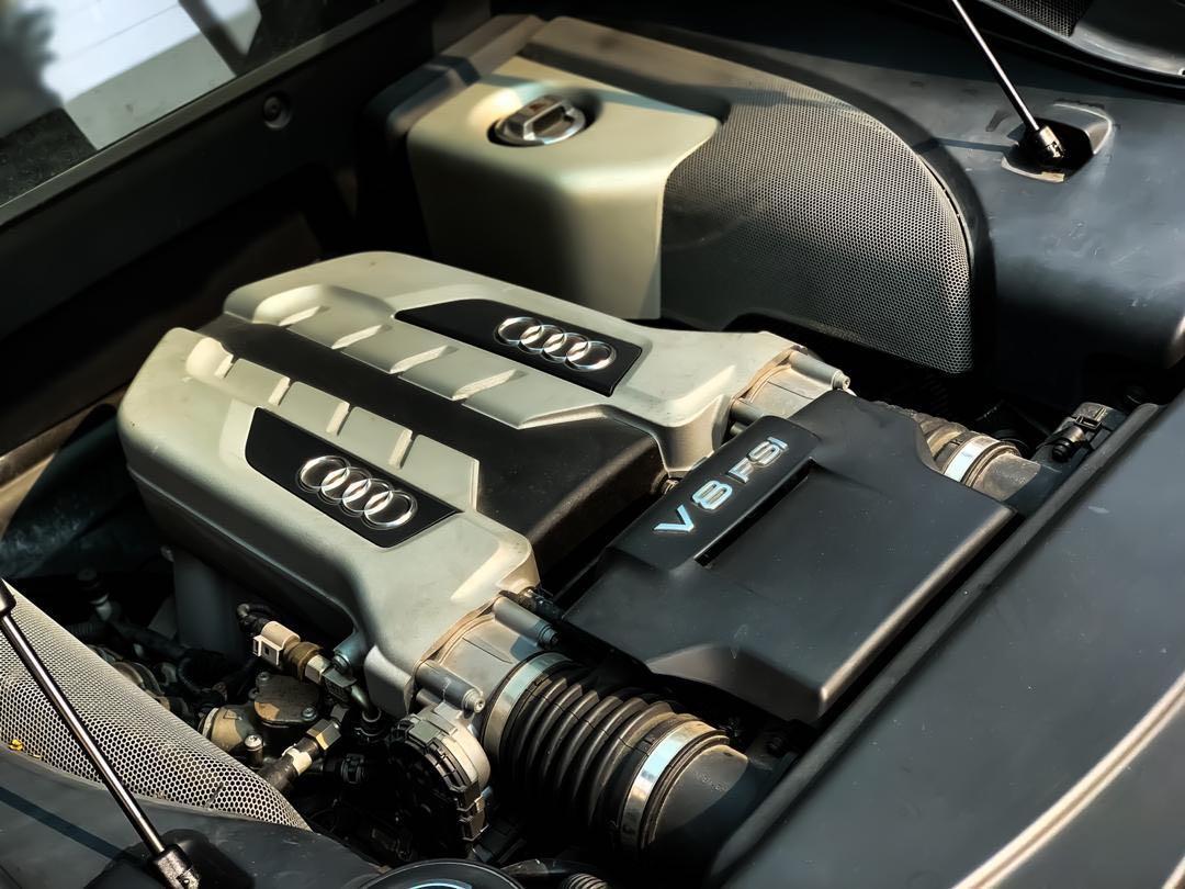 SEWA BELI BERDEPOSIT AUDI R8 V8 4.2CC TFSI QUATTRO(A)* TAHUN 2008/2010 SEWA BELI