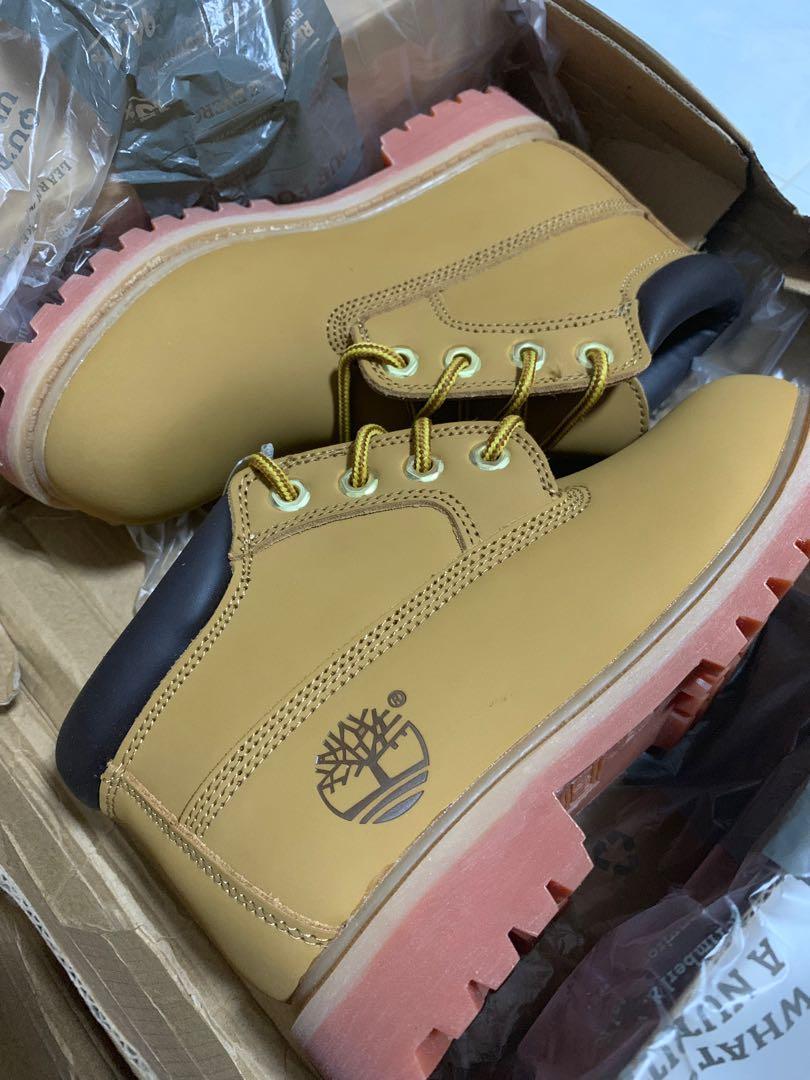 Timberland Women Boots (size 5), Women