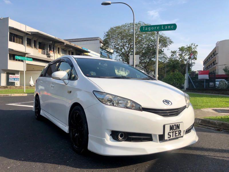 Toyota Wish Auto 1.8 X