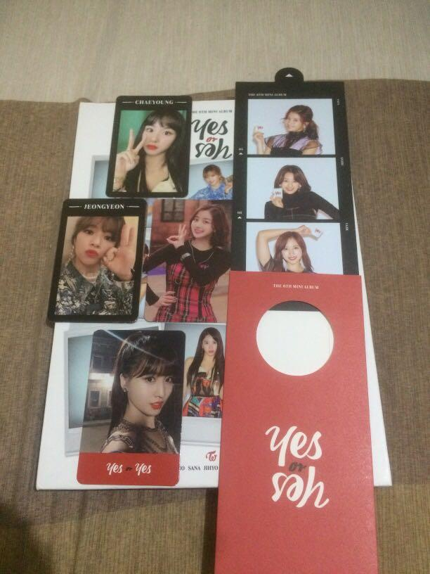 TWICE YES OR YES ALBUM B VERSION + POSTER+ First Benefit