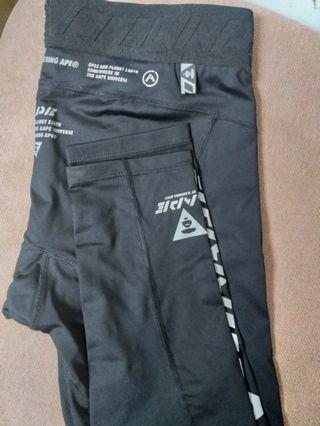 A bathing APE sport leggings 瑜珈褲 健身褲 運動褲29-30吋 全部反光字 好有型