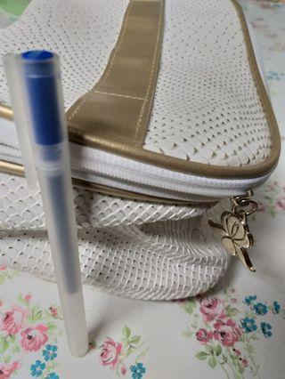 Sisley 白金色 化妝袋 化妝包