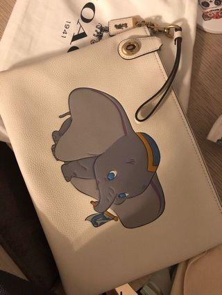 Dumbo limited edition hand clutch