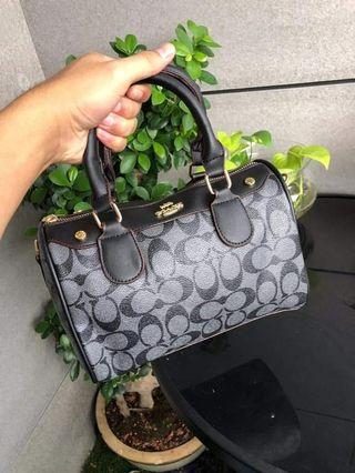 Coach handbag supergrad with long strap