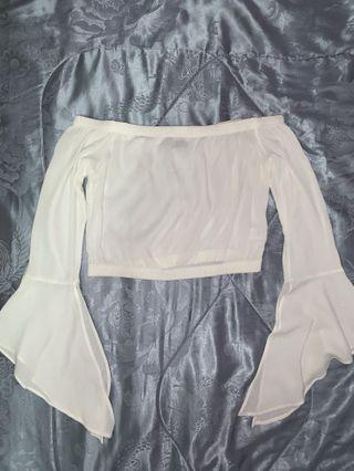 M BOUTIQUE White Off The Shoulder Bell Sleeves Top