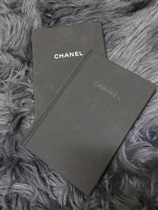💯 Chanel
