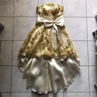 Dress Full Embroidered Gold