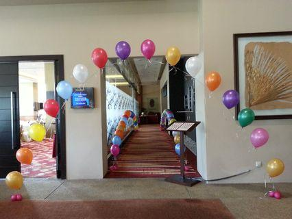 Single arch balloon for birthday