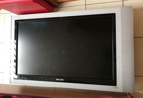 """Philips 37"""" LCD TV (No Power)"""