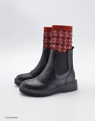雕花鬆緊踝靴