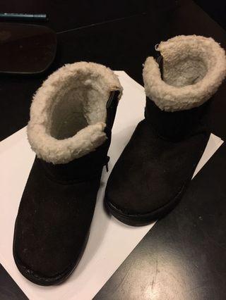 Universal Traveller winter boots for kids
