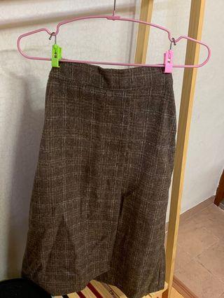 Brown long skirt