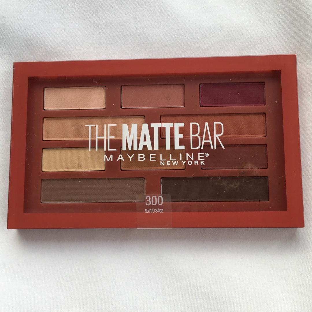 FREE POST Maybelline NY The Matte Bar eyeshadow palette