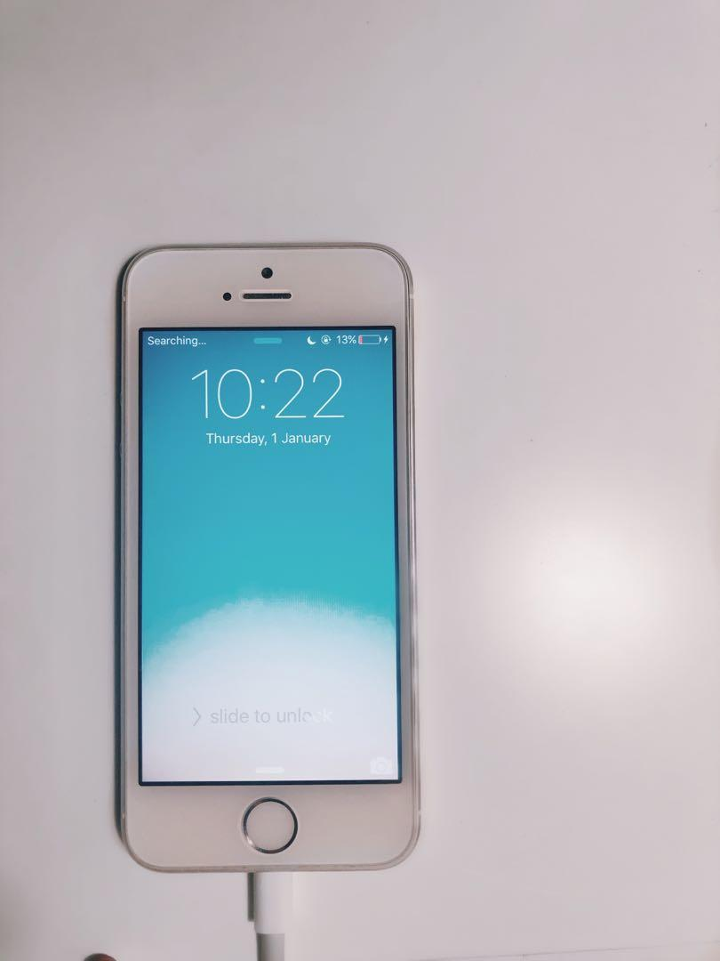IPHONE 5S UNLOCKED 32GB (REFURBISHED) GREAT CONDITION