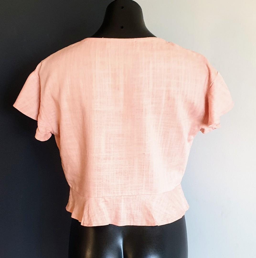Women's size 10 'MORNING MIST' Gorgeous blush pink tie up top - AS NEW
