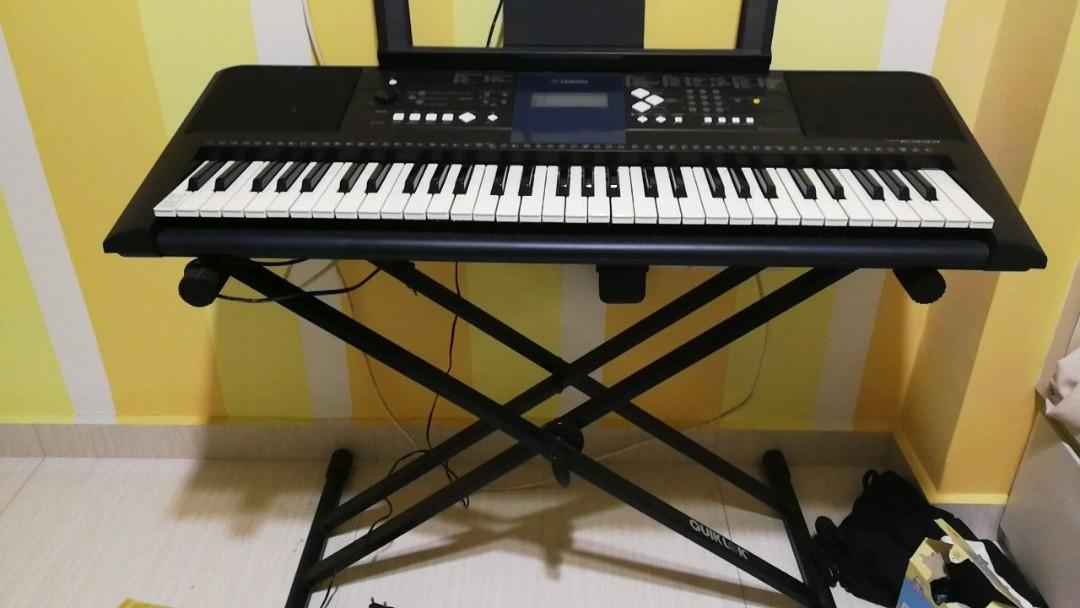 Yamaha Electronic keyboard (piano)