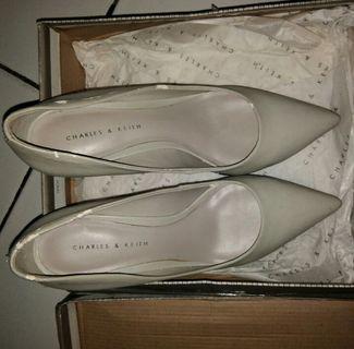 Sepatu Wedges Charles & Keith