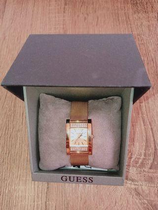 Guess Watch authentic harga beli 1.4 dilepas 700 saja. mulus...