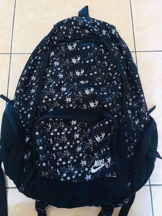 Nike black n white backpack